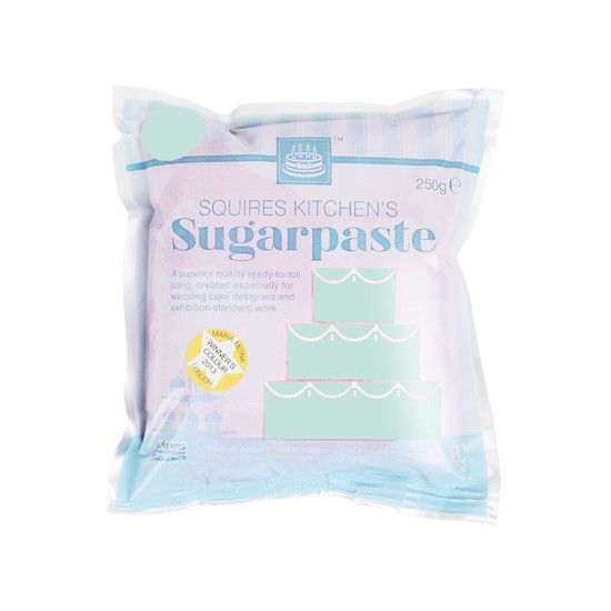 Squires Kitchen ready-to-roll Frosted Leaf Sugarpaste is the professionals' choice for a highly polished, soft and silky finish; made with only the finest ingredients, it has a delicate and natural vanilla flavour, giving a superior taste to your cakes and bakes.