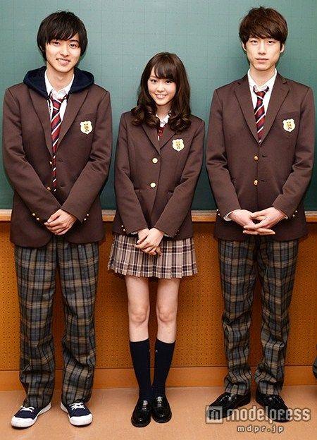 "[Trailer, long ver)] http://www.youtube.com/watch?v=8ebyrObQVFA or [8 trailers, Official site] http://wwws.warnerbros.co.jp/heroine-shikkaku/ Kento Yamazaki, Mirei kiritani, Kentaro Sakaguchi, J LA, romcom ""Heroine Shikkaku"". Release: 09/19/2015."