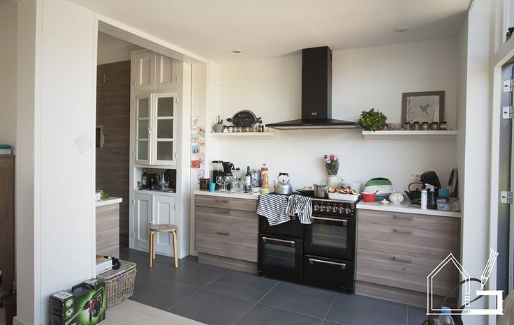 Interieur van aanbouw aan een jaren 39 30 huis de keuken is uitgebreid op subtiele wijze is de - Eigentijdse designer kasten ...