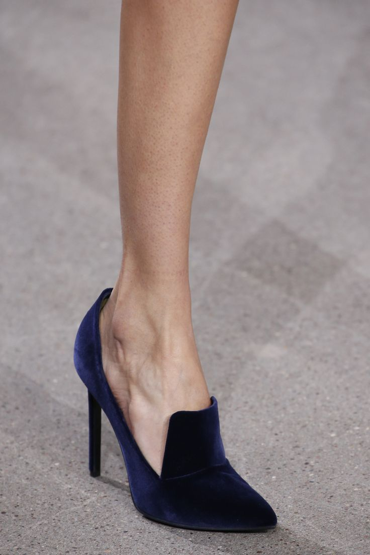 Jason Wu Fall 2016 Ready-to-Wear Fashion Show Details
