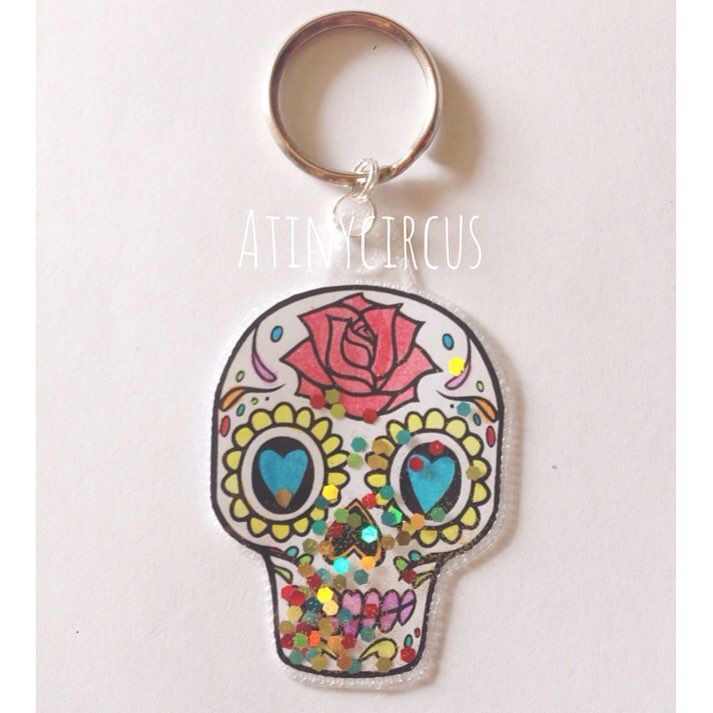 Dia de Los Muertos Shaker Key Ring from @shopatinycircus using the Fuse tool from @wermemorykeepers