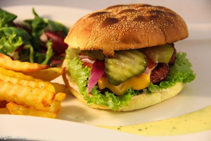 Klassisk Hamburgertallrik #klassiskhamburgertallrik #hamburgertallrik #hamburger #hamburgerrecipes #bbq #grillat #slankosund