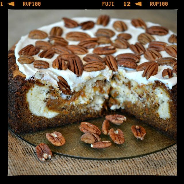 CHEESECAKE FACTORY COPYCAT...CARROT CAKE CHEESECAKE!!! - Hugs and Cookies XOXO