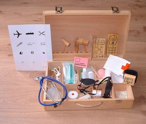 Kinder-Arztkoffer aus Holz