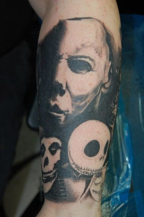 17 best images about tattoo on pinterest the smiths rob for Michael myers tattoo