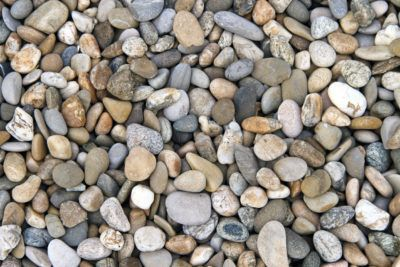 What Is River Pebble Mulch: Learn About Using River Rock Mulch In Gardens - Different mulches work better for different purposes. The kind of mulch you choose can have positive or negative effects on the plants. This article will address the question: what is river pebble mulch, as well as ideas for landscaping with rocks and pebbles.