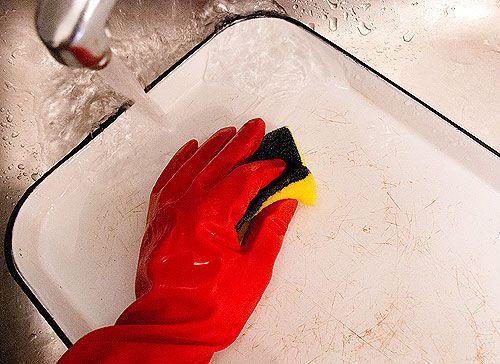 cleaning vintage enamelware w/ lemon, baking soda, bon ami and (if necessary) Barkeeper's Friend