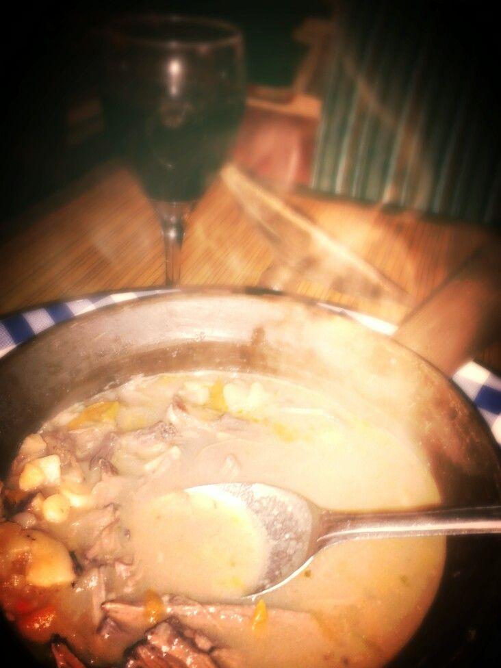 """En el Barrio Yungay, en La Gargola, café restaurant, encuentran este plato """"Calapurca"""" comida de origen Aimara (Kalapurka)"""