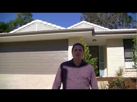 Brisbane Builder Wade Hastie the Managing director of OJ Pippins Homes takes you on the tour of the newly built Piper design.  You get to walk through the floor plan design and see all the full turn key inclusions.