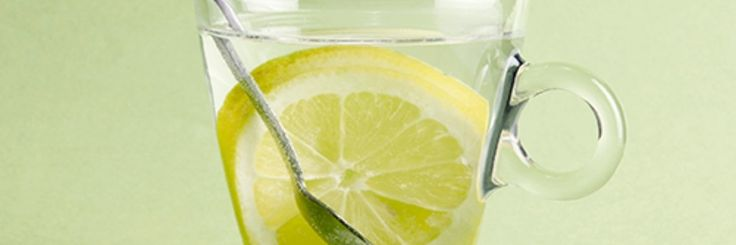 De gezondheidsvoordelen van citroen zijn alom bekend en worden erkend door zowel gewone mensen, als medische professionals.Dit is de reden waarom heel veel mensen begonnen zijn met het drin