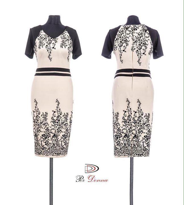 O NOUA CULOARE ELEGANTA: BEJ! Rochie stil creion cu imprimeu floral si maneci negre. Masuri: 44-46-48-50. Detalii aici:  http://ift.tt/1QIZwJS #sepoartaperdonna #rochieeleganta #rochie
