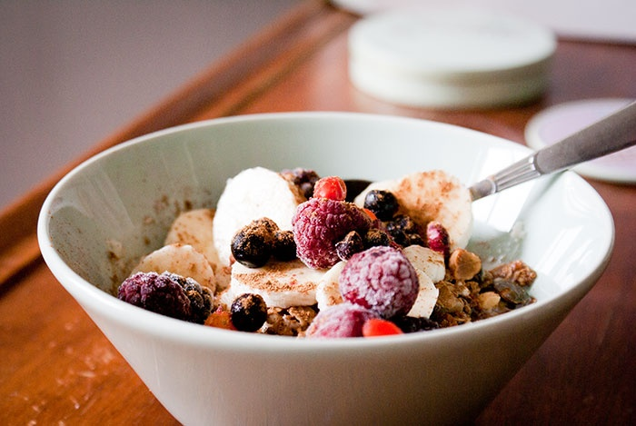 #Breakfast nr 75 Semolina porridge with banana, rasberries, blueberries blackberries, goji berries, hawthorn and my home made müsli and cinnamon.