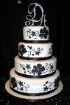 Wedding Cake i love black and white but i know me and i will have to do colors but this is cute