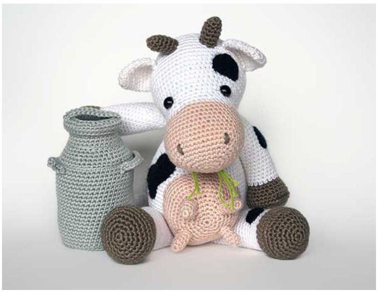 Gấu, thỏ thì đã có nhiều hướng dẫn cả trong đan và móc  Bé bò sữa thì chưa từng xuất hiện, tớ rất thích e bò