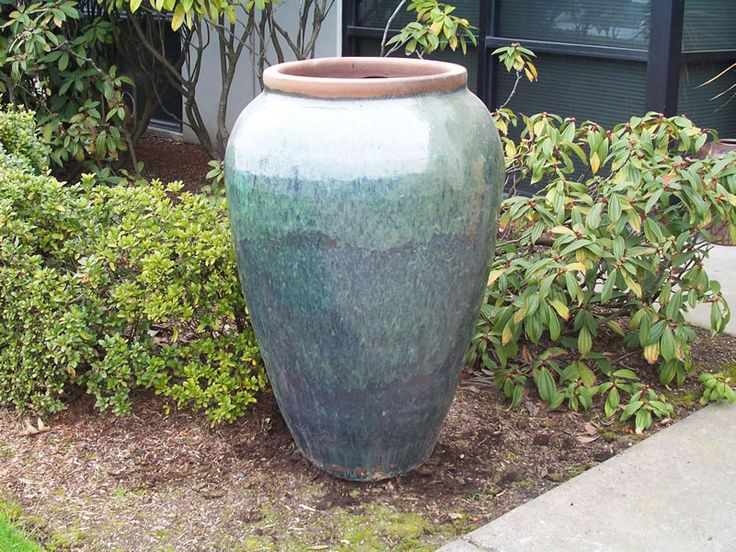 I want a couple big pots for the garden this year. 25  trending Large plant pots ideas on Pinterest   Large outdoor