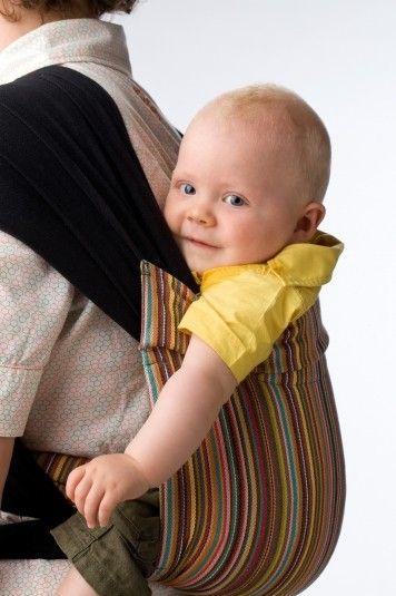 De BB-Tai van Babylonia vindt zijn oorsprong in traditionele Aziatische babydragers, die gemakkelijk aan te doen en verstelbaar zijn en erg comfortabel zijn voor ouder en kind.  Leveringstermijn: 5 dagen.  Ook andere kleuren beschikbaar: http://www.babylonia.be/p/9/72/Draagdoeken/Modellen/bb_tai/BDDTAI