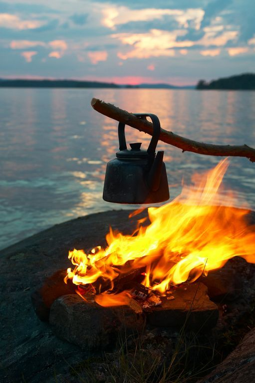 This is midsummer at its best! Bonfire by the lake and a cup of coffee to keep you awake through the light night