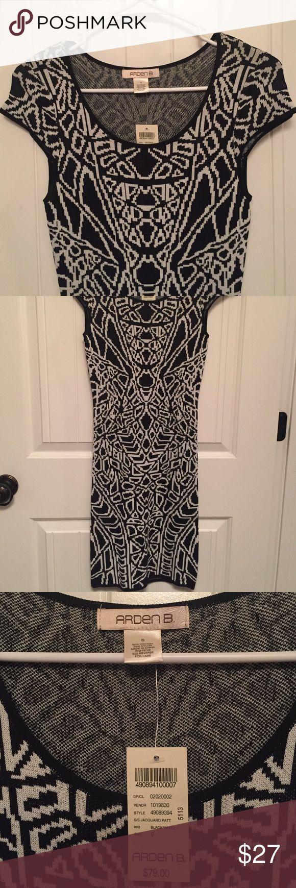 Arden B bodycon dress Knee length black and white patterned bodycon dress that I've never worn! Arden B Dresses Midi
