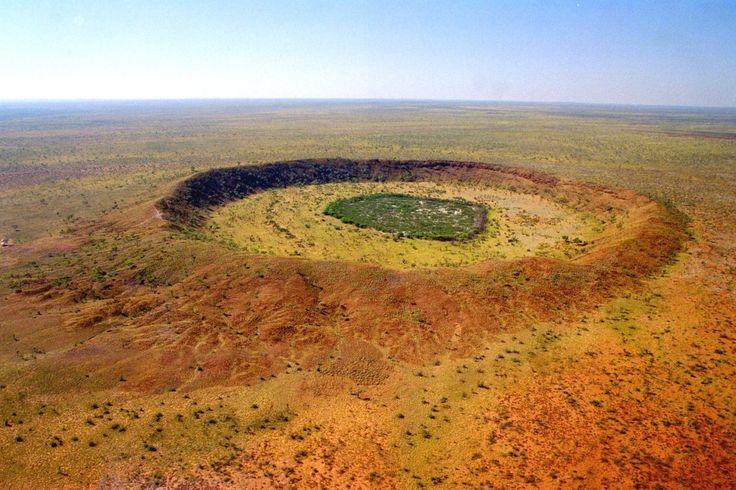 Wolfe Creek crater ( Kandimalal ), Australia