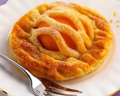 Мини-пироги с персиками