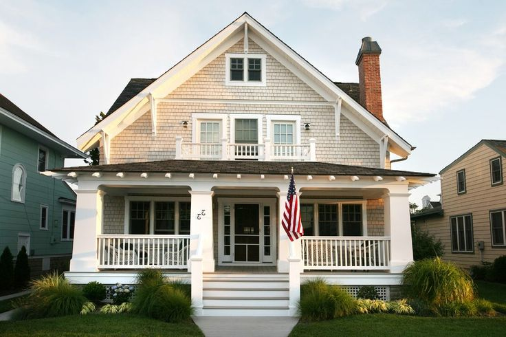 Best 25 craftsman front porches ideas on pinterest for Craftsman house plans with front porch