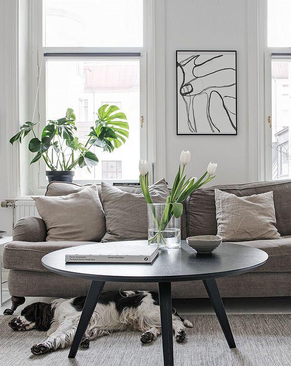Beautiful home in white - via Coco Lapine Design