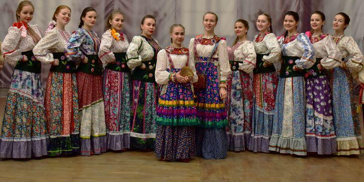 концертные костюмы. Детский центр народного искусства дизайнер Оксана Бакеркина