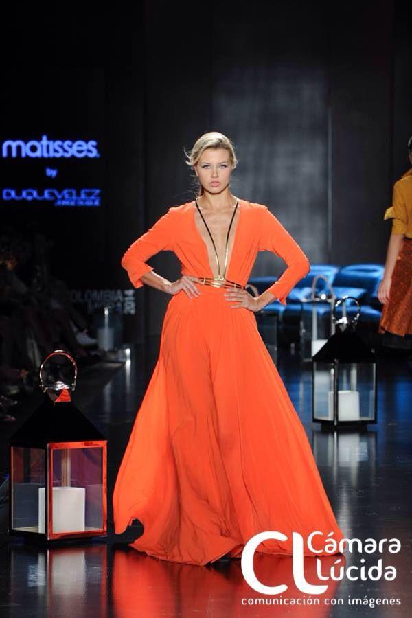 Duquevelez - Eugene - Runway Jorge duque Vélez colombian Fashion designer Orange long dress Orange and gold Women fashion