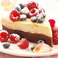 Baked Cheesecake Brownie Topped with Berries
