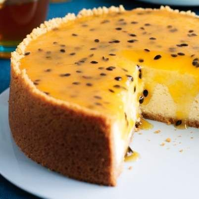 Recipe Baked cheesecake with passionfruit topping by Yuki - Recipe of category Desserts & sweets