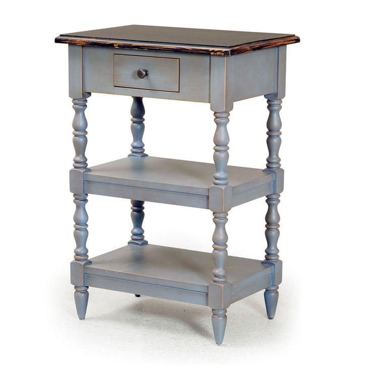 Designul atragator si utilitatea sunt doar doua din caracteristicile acestui raft. Cartile si obiectele decorative se pot pune in evidenta de minune cu aceasta piesa de mobilier care este potrivita pentru dormitor, camera de zi sau hol.