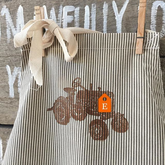 They are in! Shop is full of fall goodies, and this weekend enjoy 20% off all orders, now through Monday!! Happy long weekend! #rinconroaddesignstudio #fall #apron