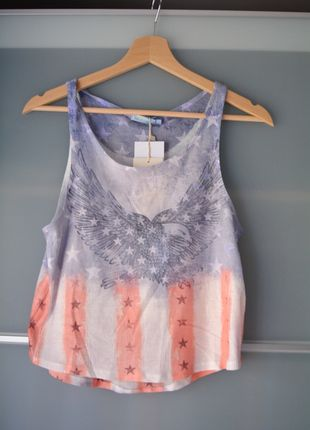 Kup mój przedmiot na #vintedpl http://www.vinted.pl/damska-odziez/koszulki-na-ramiaczkach-koszulki-bez-rekawow/13842252-bershka-krotki-top-crop-top-z-motywem-amerykanskim-lekki-szyfon