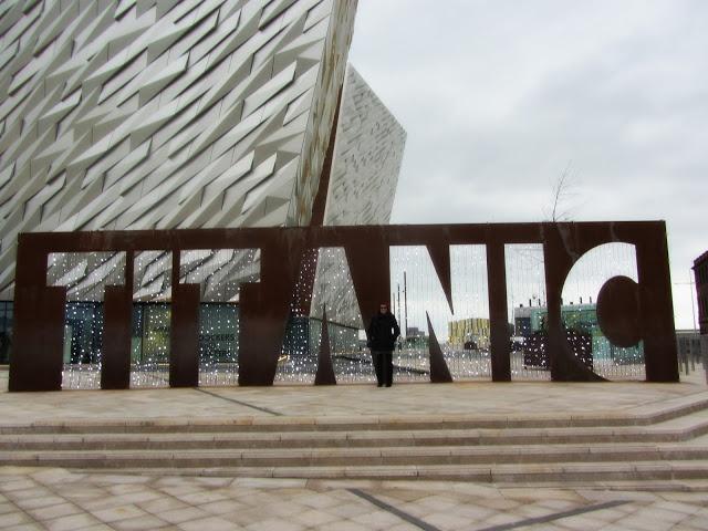 Un giorno a Belfast, Irlanda del Nord ~ CartEssenza