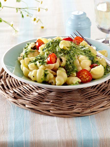Italienische RezepteWir lieben Pasta. Und am allermeisten lieben wir diese köstlichen Pasta Rezepte. 17 italienische Rezepte, die schnell