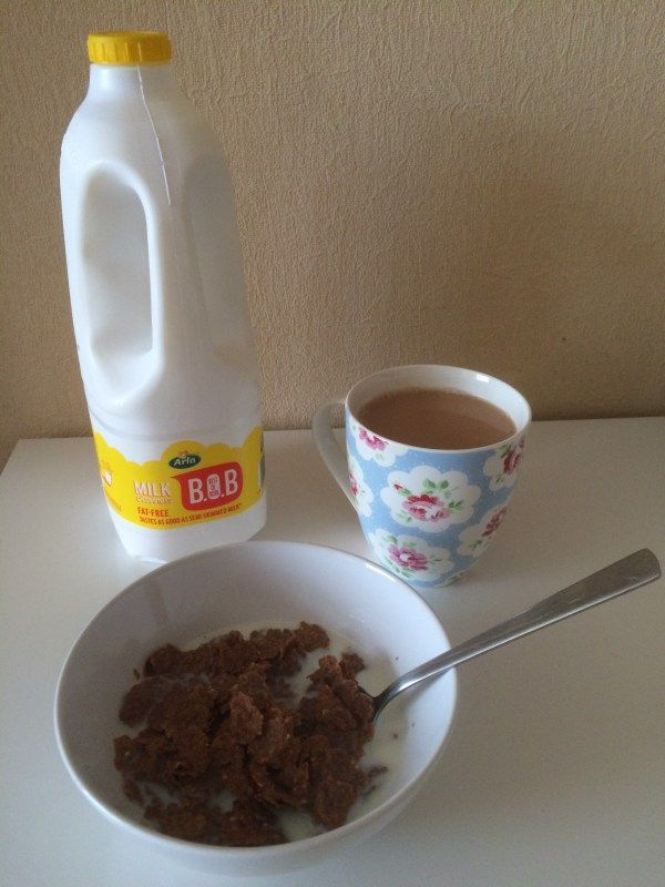 Arla BOB milk review...skimmed milk with the taste of semi-skimmed, yes, really!