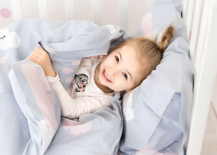 Детские улыбки - наш главный мотиватор!😃 Поэтому мы так тщательно выбираем принты для детского текстиля и используем самые лучшие материалы👌 __________________________________________________ #каталог_royaldream  #вседлясна #детскаякроватка #детскаякровать #детскаяпостель #детскийсон #детскийтекстиль #детскоебелье #детскоеодеяло #детскоепокрывало #детскоепостельное #дляноворожденных #комплектвкроватку #постель #постелька #постельное_белье #постельноебельё #постельноебельекиев…