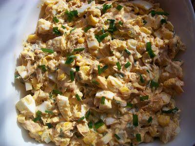 Monia miesza i gotuje: Sałatka z wędzoną makrelą i jajkami