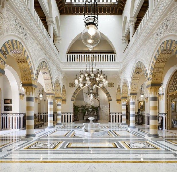Amazing villa in Kuwait by Alberto Pinto - Interior Designs.  The master of Orientalist design