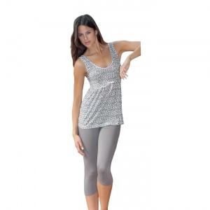 Romantico pigiama donna spalla/pescatora in viscosa 95%, elastomero 5% .    Creazione e Produzione interamente Made in Italy Autentico.