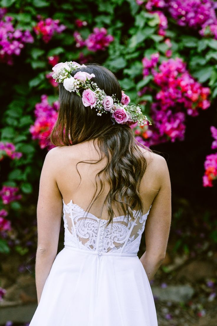 Such delicate lace detail. Dress: Julia Ferrandi Photo: Lad & Lass