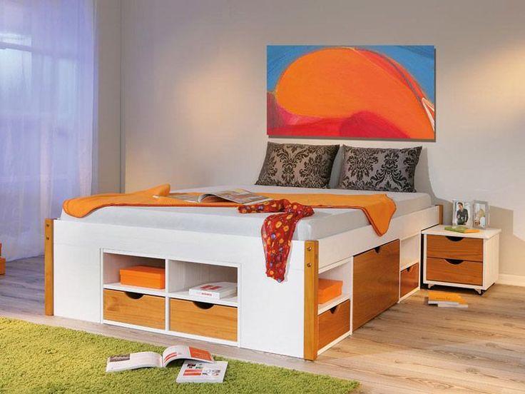 Durchdachtes Funktionsbett mit praktischem Ordnungssystem: 8 Schubladen, 8 Regalfächer und 2 Unterbettkommoden auf Rollen bieten optimalen S...