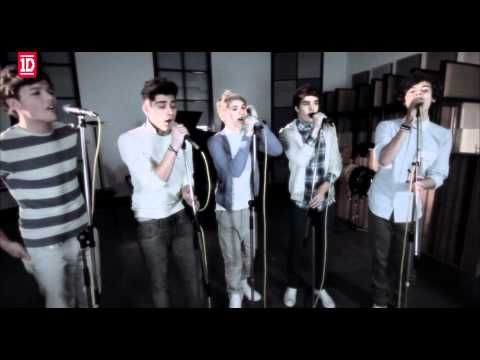 One Thing Acoustic <3 THIS IS MY LIFE. ^__^ Louis Tomlinson, Zayn Malik, Niall Horan, Liam Payne and Harry Styles <3 One Direction