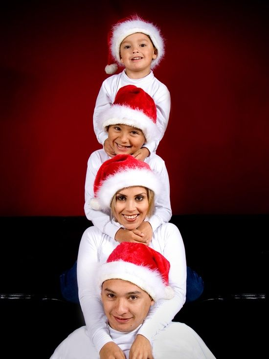 Family Portrait Ideas For Christmas