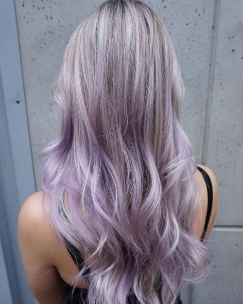 A Touch Of Lilac For This Blonde Beauty Hair Haircolor Blonde Blondehair Pastel Lilac Hair Pastel Purple Hair Hair Color Purple