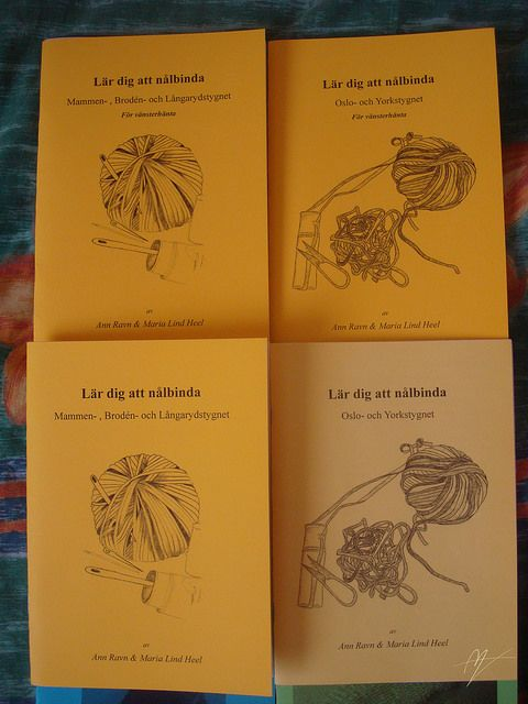 [Swedish text] Series of leaflets about how to needlebind the MAMMEN, BRODÉN and LÅNGARYD stitch, there are also leaflets for lefthanded. By Ann Ravn & Maria Lind Heel ~ Originally in Danish, but some like these have been translated into Swedish, and she is working on English translations. If you want own copies, contact Maria via her webby here: http://naalebinding.blogspot.dk/