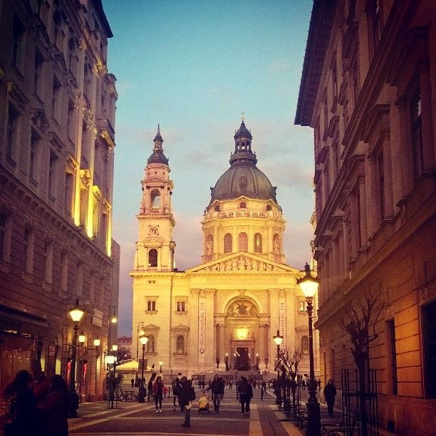 St Stephens basilica Budapest.