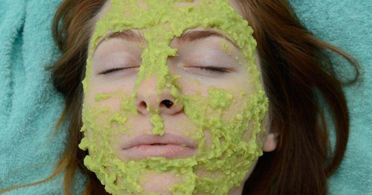 Dankzij deze simpele, natuurlijke gezichtsmaskers heb je binnen enkele minuten een gezonde, stralendehuid.
