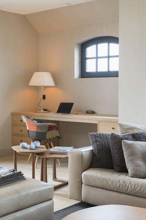 25 beste idee n over kantoor aan huis kleuren op for Kantoor interieur ideeen