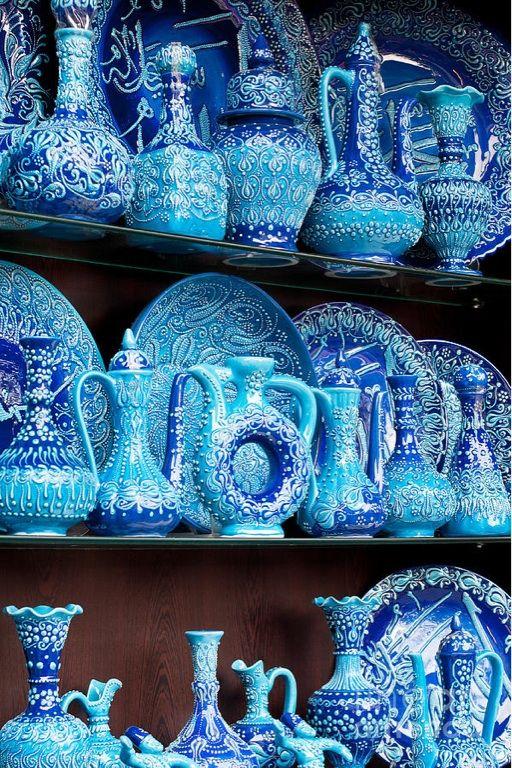 Turkish blue glazed pottery - Arasta Bazaar, Istanbul, Turkey